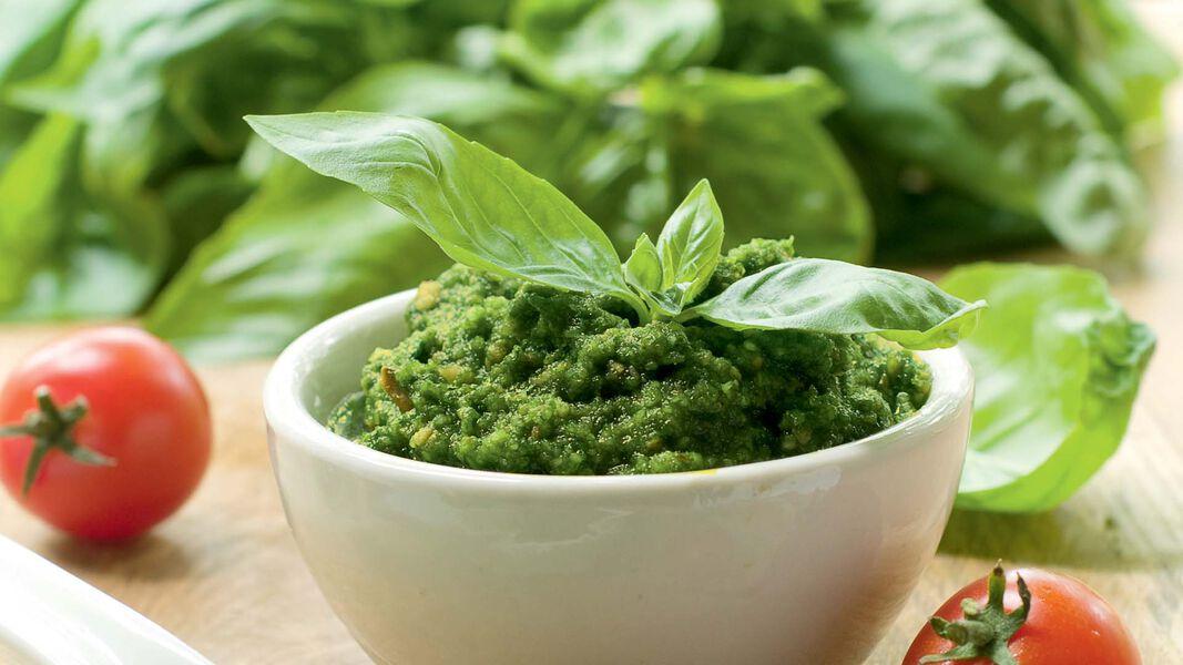 Pesto und Saucen